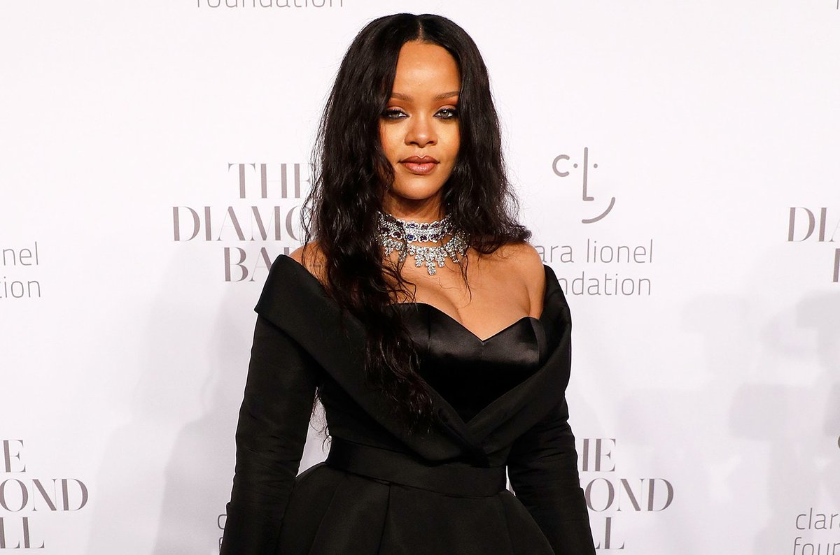 Rihanna announces Issa Rae and Childish Gambino will appear at Diamond Ball 2018  http:// blbrd.cm/5qHySq  &nbsp;  <br>http://pic.twitter.com/GEDrWviyuZ