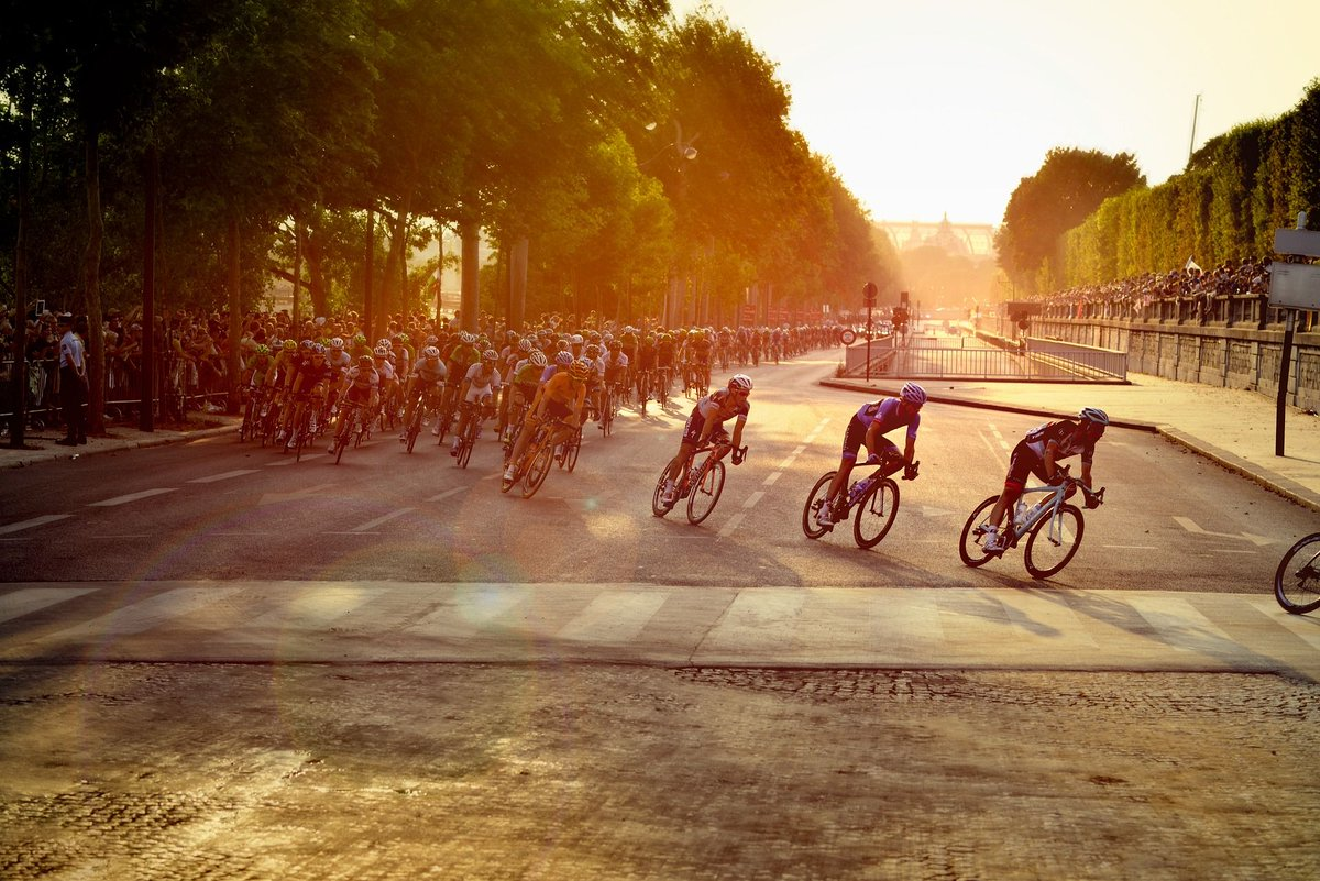 &#39;Digital Transformation – Lessons from Le Tour de France&#39; by #DigitalAuthor @simonchanpmba  #OCG  https:// buff.ly/2Mp6Pva  &nbsp;  <br>http://pic.twitter.com/lKn16Z9ZjA