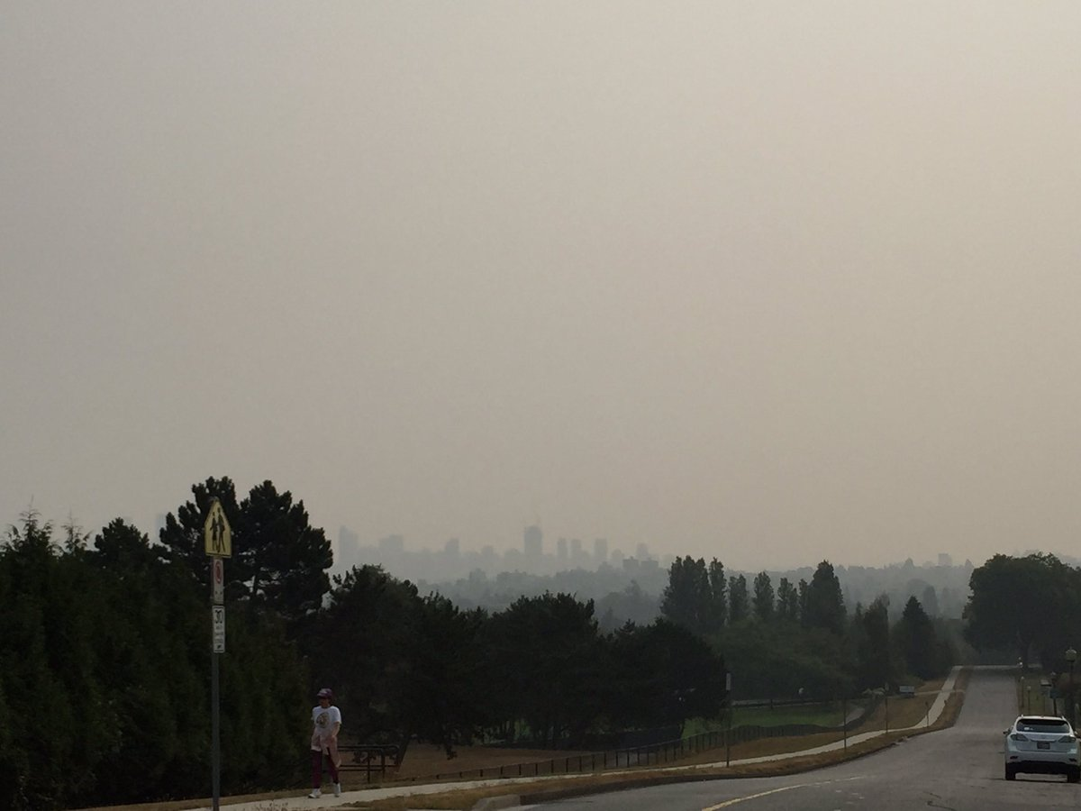 Air Quality Advisory for Metro Vancouver, Fraser Valley  https:// bit.ly/2OvNE0c  &nbsp;  <br>http://pic.twitter.com/OPTbzrsePl