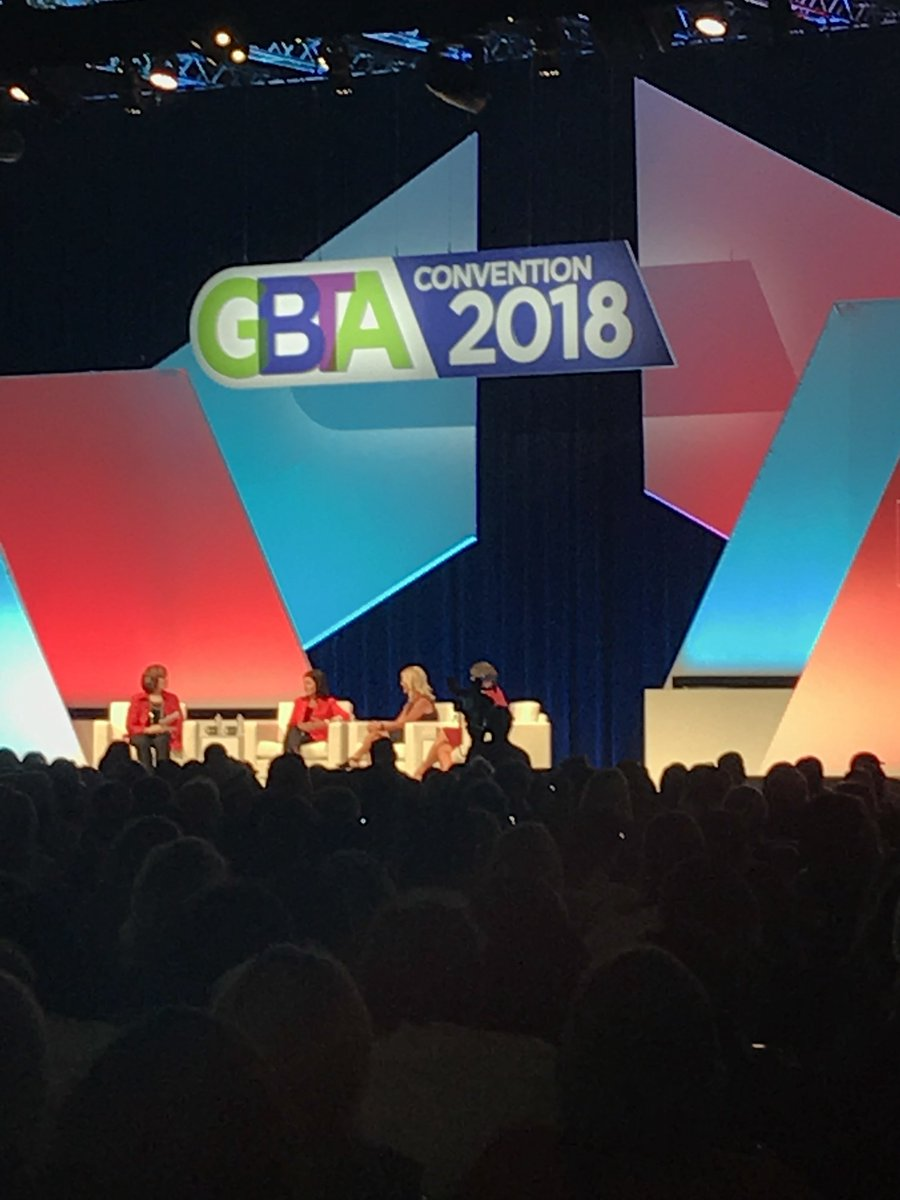 """""""Lift as you climb"""" a great quote for everyone during Success Women Leading in Business Travel. #GBTA2018 #MomentofMomentum #Momentum #BusinessTravel #CorporateTravel <br>http://pic.twitter.com/YVrdp71ymi"""