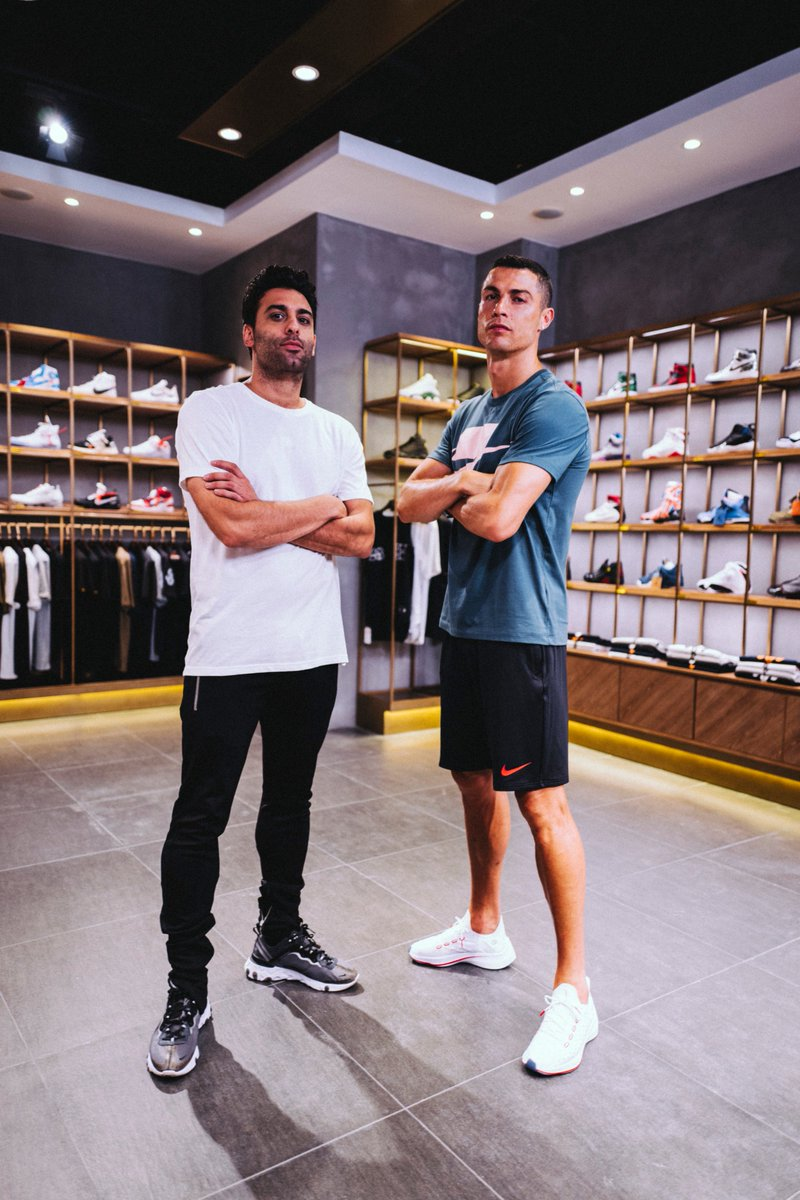 CR7 GOES SNEAKER SHOPPING WITH COMPLEX