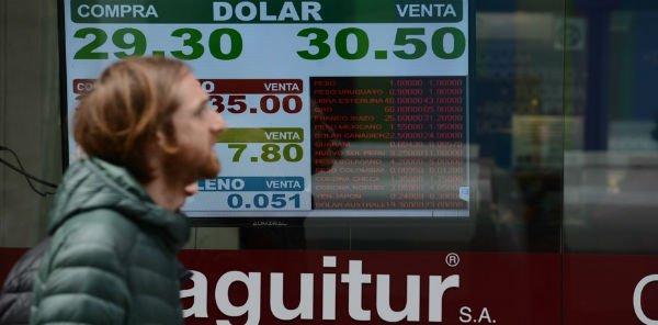 BC argentino eleva juros a 45%. O que venta lá, venta cá - https://t.co/kA1IgRf27P