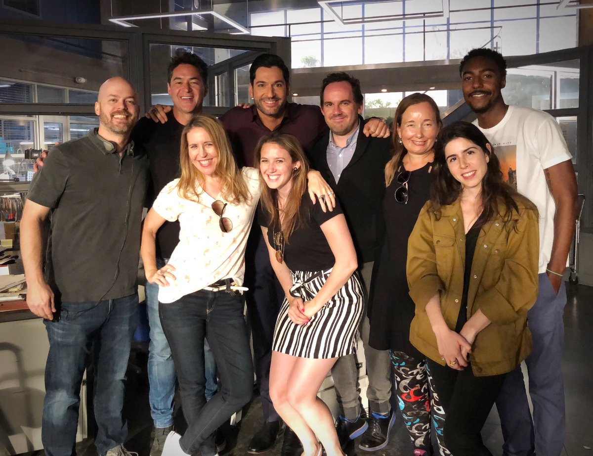 Some nerdy writers and their muse on the first day of shooting Season 4!  SO unbelievably grateful.  #LuciferOnNetflix #LuciferSaved<br>http://pic.twitter.com/ussXaZwEsw