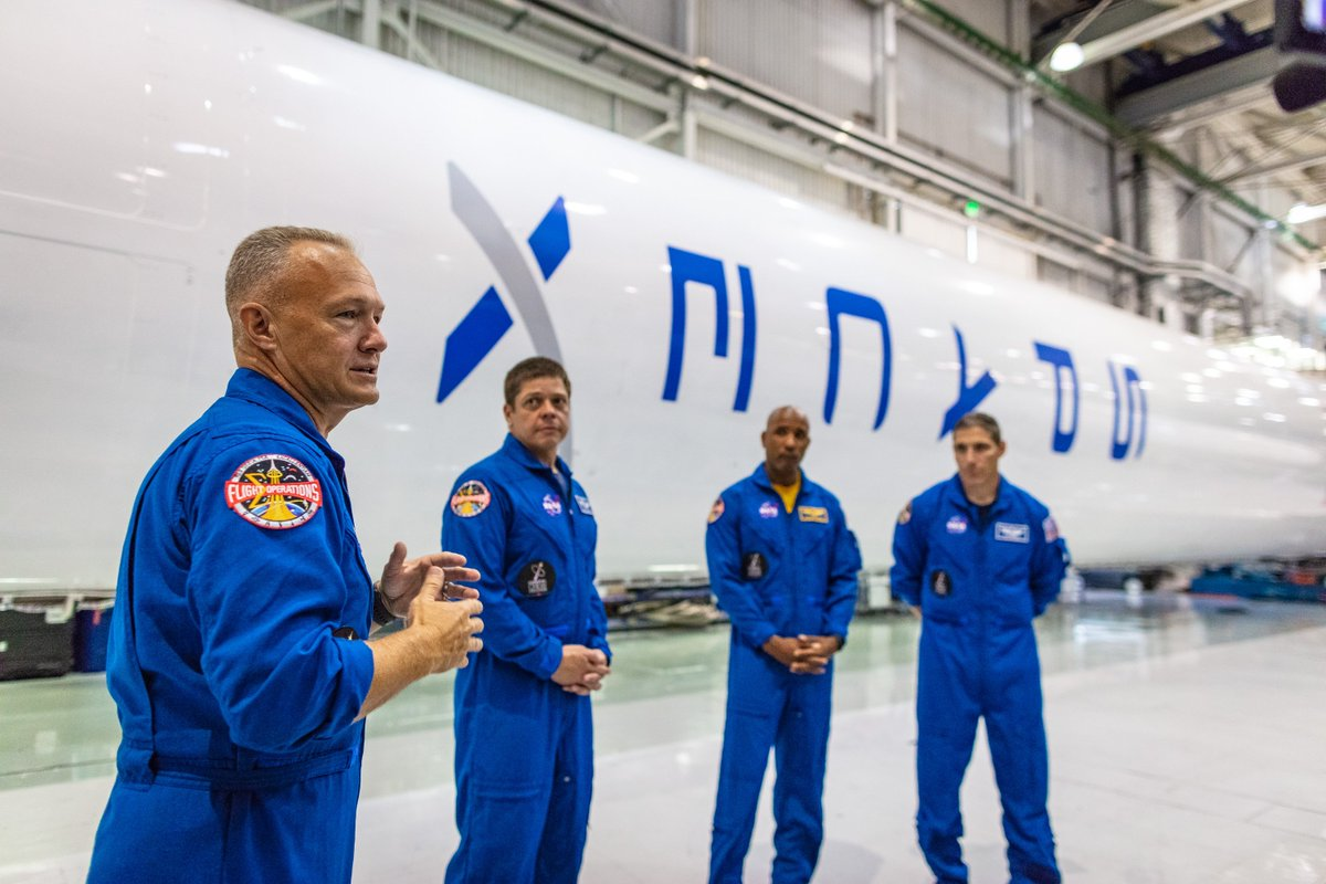 The first four @NASA astronauts who will fly aboard Crew Dragon visited the factory to meet employees today. https://t.co/MLGrhB1Rnz