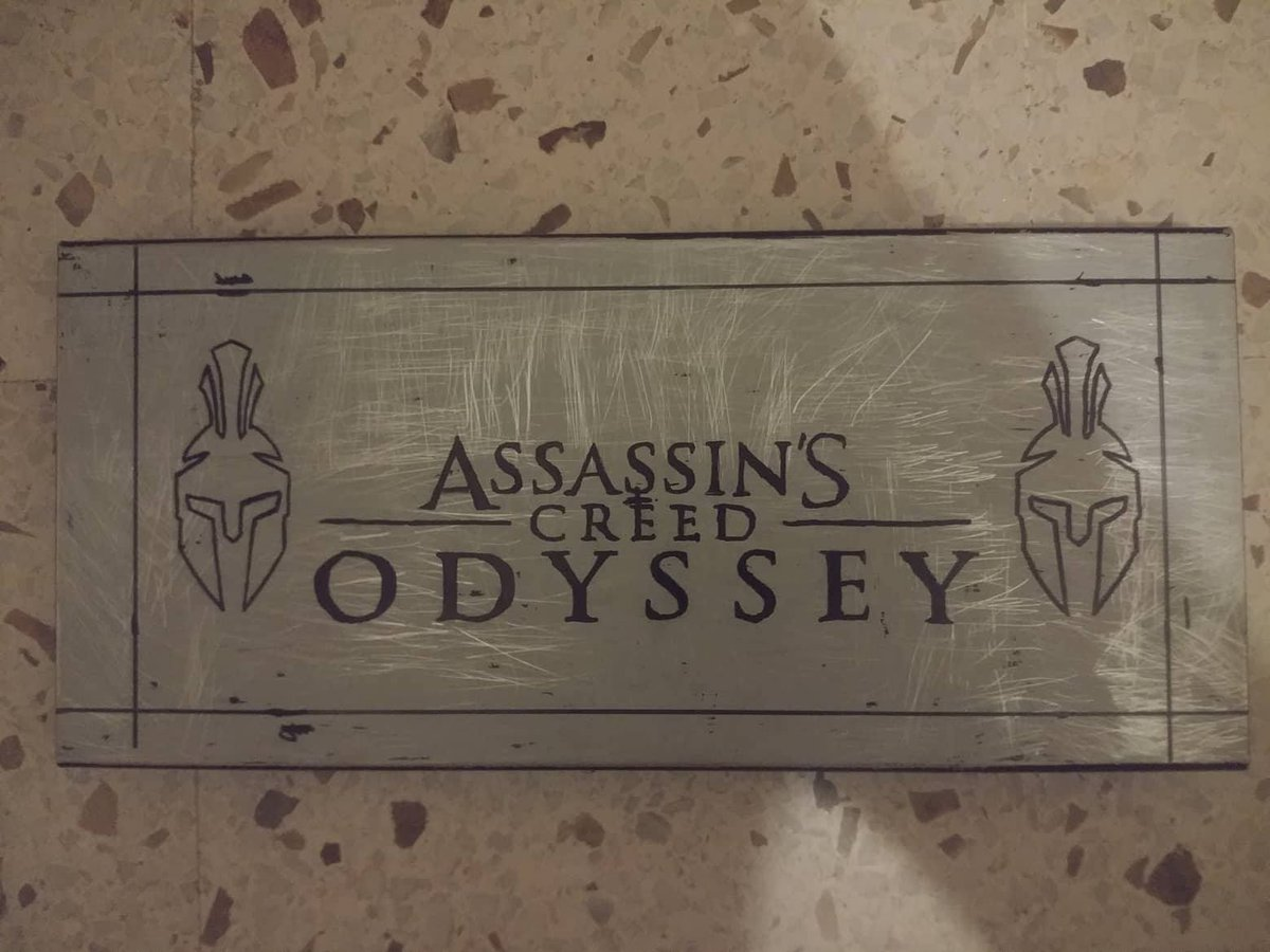 First designs and assembly of the top of the tower thanks to @ITheDarkReyesI the design in photoshop  @Ubisoft_Spain @Ubisoft @MentorsGuild @AC_Seville @Gremio_Sombras @ACFirstCiv @UbiCentral @assassinsspain @assassinscreed @Wulf91 @AssassinTH8ER @Angi_AN @Sangrehacker77<br>http://pic.twitter.com/hGCdTM1YMv