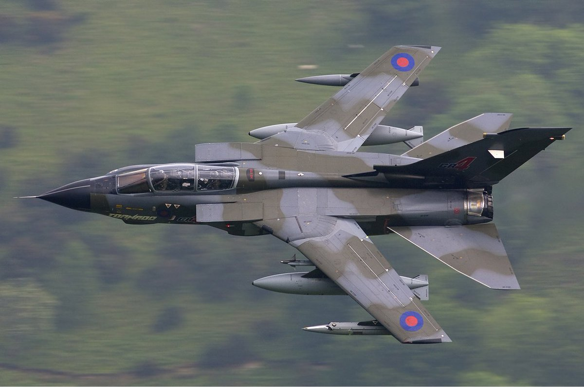 #OnThisDay in 1974.....   The Panavia Tornado prototype made its maiden flight from Manching Airbase, in what was then West Germany.  992 airframes are completed by the end of production.  The Tornado is to be withdrawn from RAF service in early 2019. @marklanebiz #avgeek<br>http://pic.twitter.com/VxQFrWSVFT