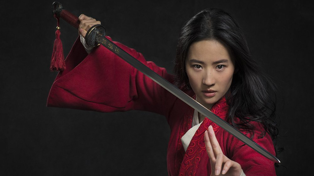 Let's get down to business because Disney has given us our first look at live-action #Mulan https://t.co/egx0Vtkq3i https://t.co/Khl1NKeIOP
