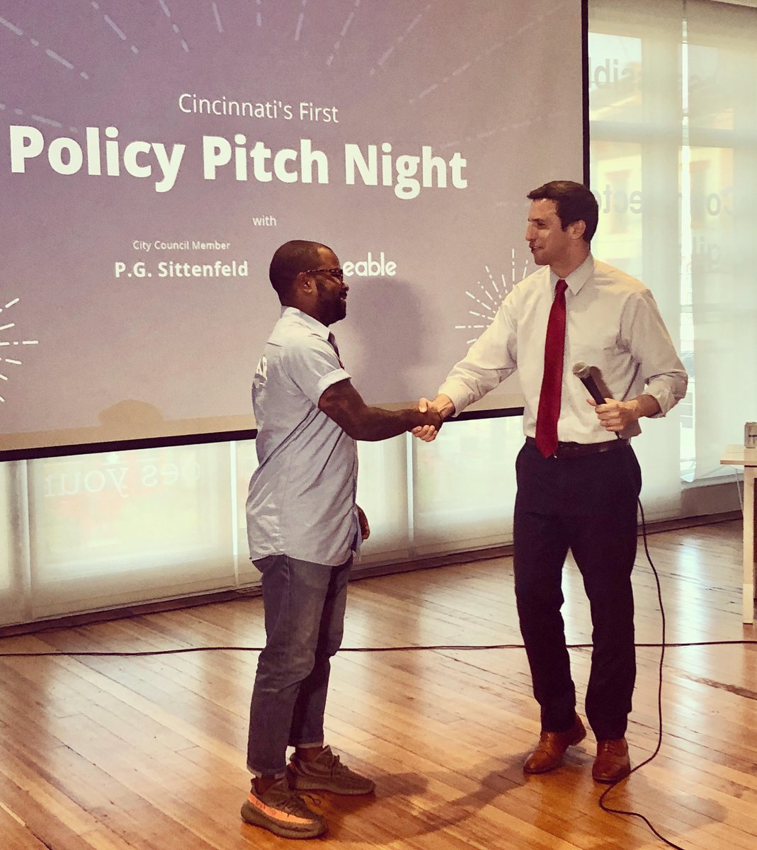 Very fun, inspiring evening hosting Cincinnati&#39;s first-ever Policy Pitch Night. The winning idea - decided democratically by vote of the sizable audience in attendance - came from @DerrickBraziel about how City Hall can better promote minority business growth and innovation. <br>http://pic.twitter.com/oQD4h9Z6I8
