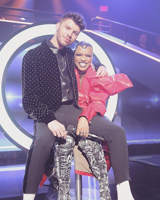 These two went out with a BANG!  See for yourself &amp; stream #TheFour  now:  http:// fox.tv/WatchTF  &nbsp;    : @itsjamesgraham #BehindTheScenes<br>http://pic.twitter.com/5ubA5eQwiQ