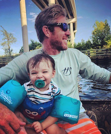 Always a good day with this little captain... #NixonPatrick @kayfcarr843 @emmmaaccaarrr #Birdisland #familyboatrides @hookedsoul  @wareagleboats https://ift.tt/2P6tM52 pic.twitter.com/jbzI49oHe9