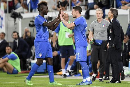 Il #Napoli ha tempo fino a venerdì per dare un senso al proprio mercato: con #Ochoa e uno tra #Belotti (difficile) e #Balotelli (se #adl volesse..) farebbe un ottimo mercato last minute ..  - Ukustom