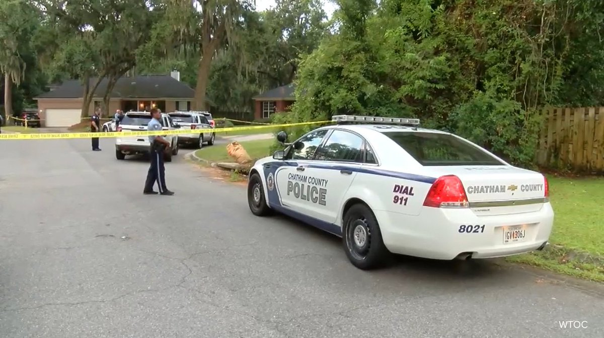 Georgia police officer and wife allegedly stabbed to death by wife's teenage brother. https://t.co/K5LsMW2exc