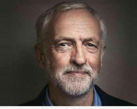 Corbyn would mean massive changes,he&#39;d provide a strong Gov&#39;t for: World Peace Equality of access to Education &amp; Healthcare No more being overcharged for Essential Services Economy where the many benefit, not just the few The few are out to stop him. #WeStandWithCorbyn<br>http://pic.twitter.com/yuPdZlp1hj