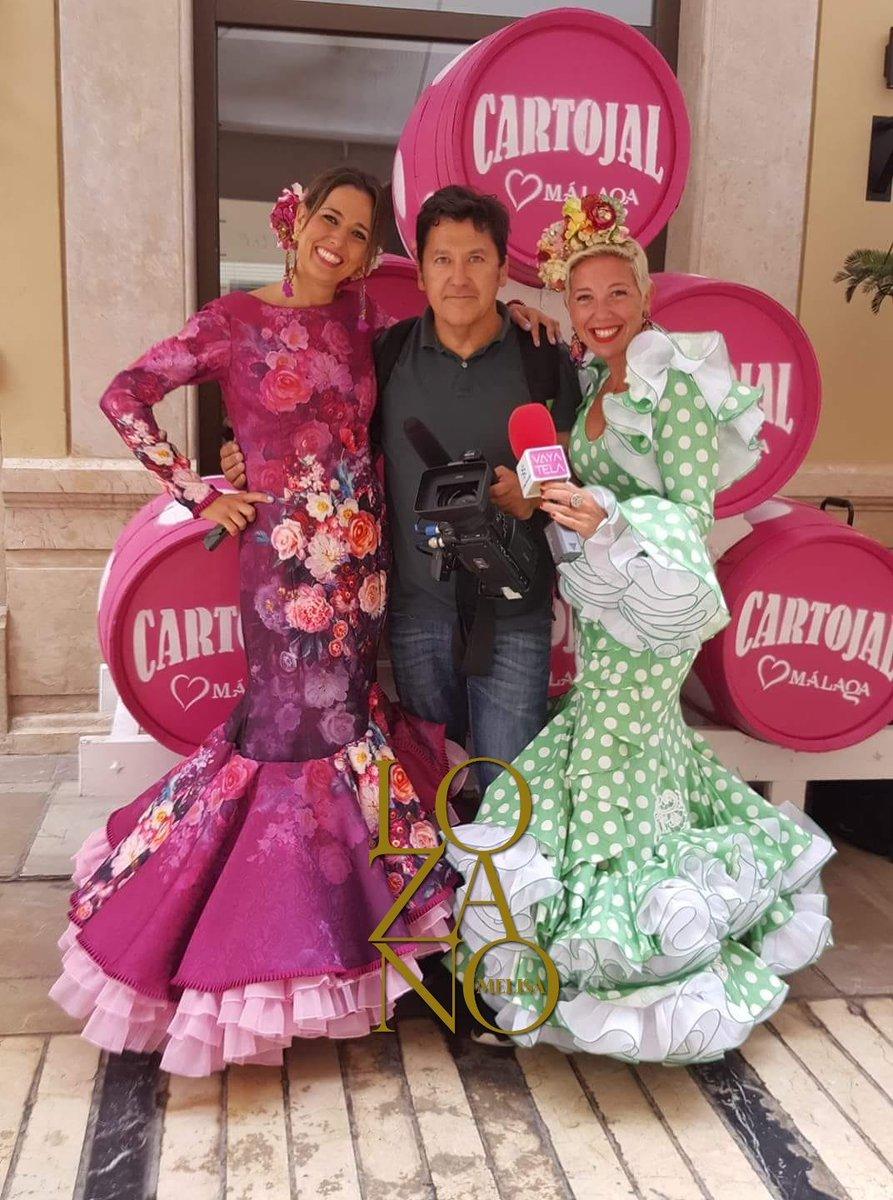 31a2fa8d53 ... diferentes  Lozanos n sus directos  MelisaLozano  modaflamenca   trajesdegitana  vestidodegitana  vestidodeflamenca  flamenca pic.twitter.com hNpmR2nD6T