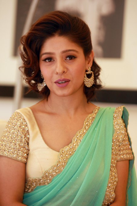 Happy Birthday to Sunidhi Chauhan   About: