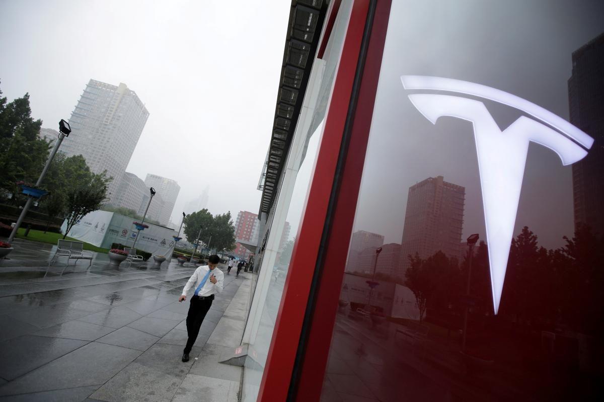 #Tesla plans to build up to 55,000 #Model3 vehicles, profitably, in third quarter  https:// reut.rs/2vvOoKQ  &nbsp;    #Autonomous #selfdriving #uber #lyft #carsharing #lidar #radar #processor #smartcity #smartcar #gigeconomy #waymo #google #alphabet #iot #robot #insurance<br>http://pic.twitter.com/fQZWCxfQde