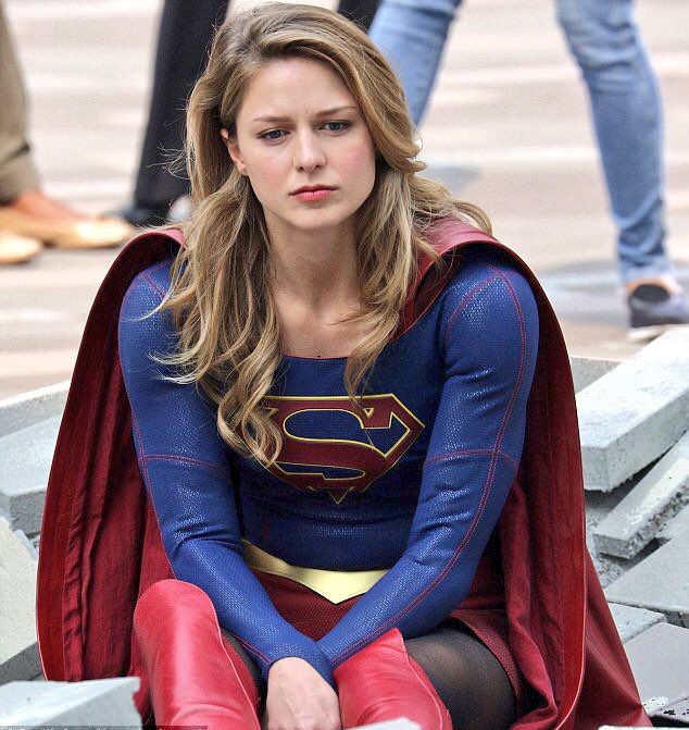 Melissa is literally me contemplating how the stupid writers messed up karamel this bad <br>http://pic.twitter.com/NTsHxCfbIP