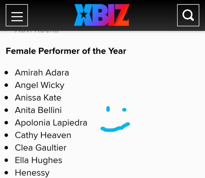 Gracias por nominarme como mejor actriz del año @XBIZ  🙂 https://t.co/0PDa1Gd7Ov