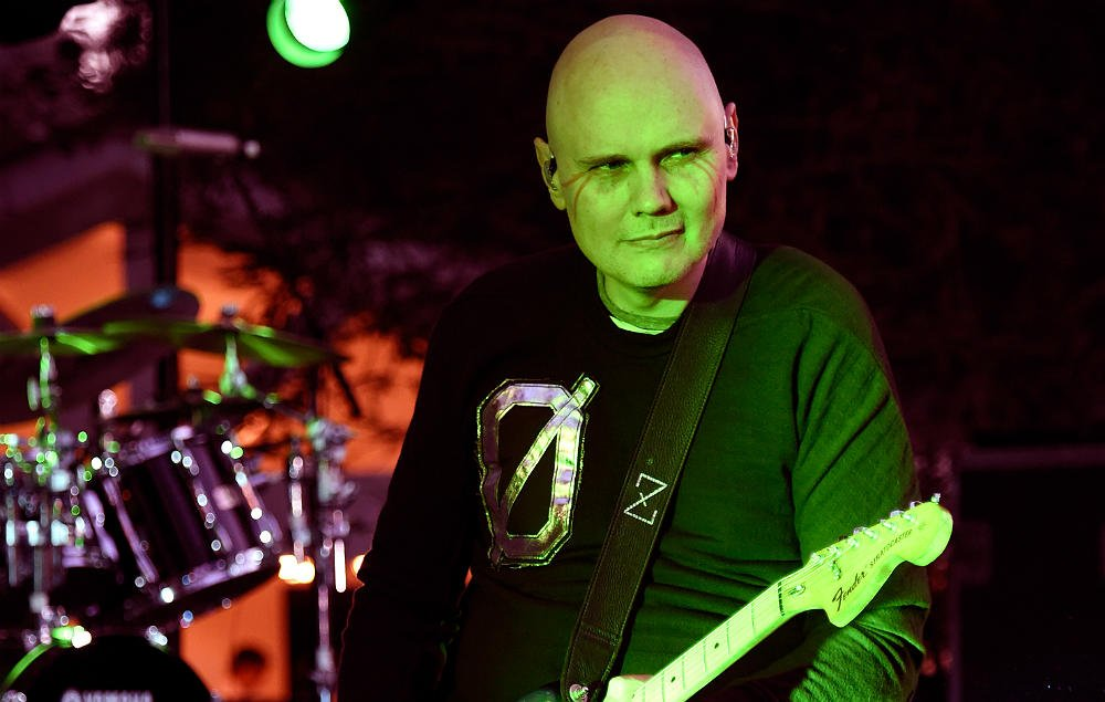 Billy Corgan reveals who he thinks were the 'greatest band of the '90s' https://t.co/k5J0uyUof7 https://t.co/SH6nVXcjDR