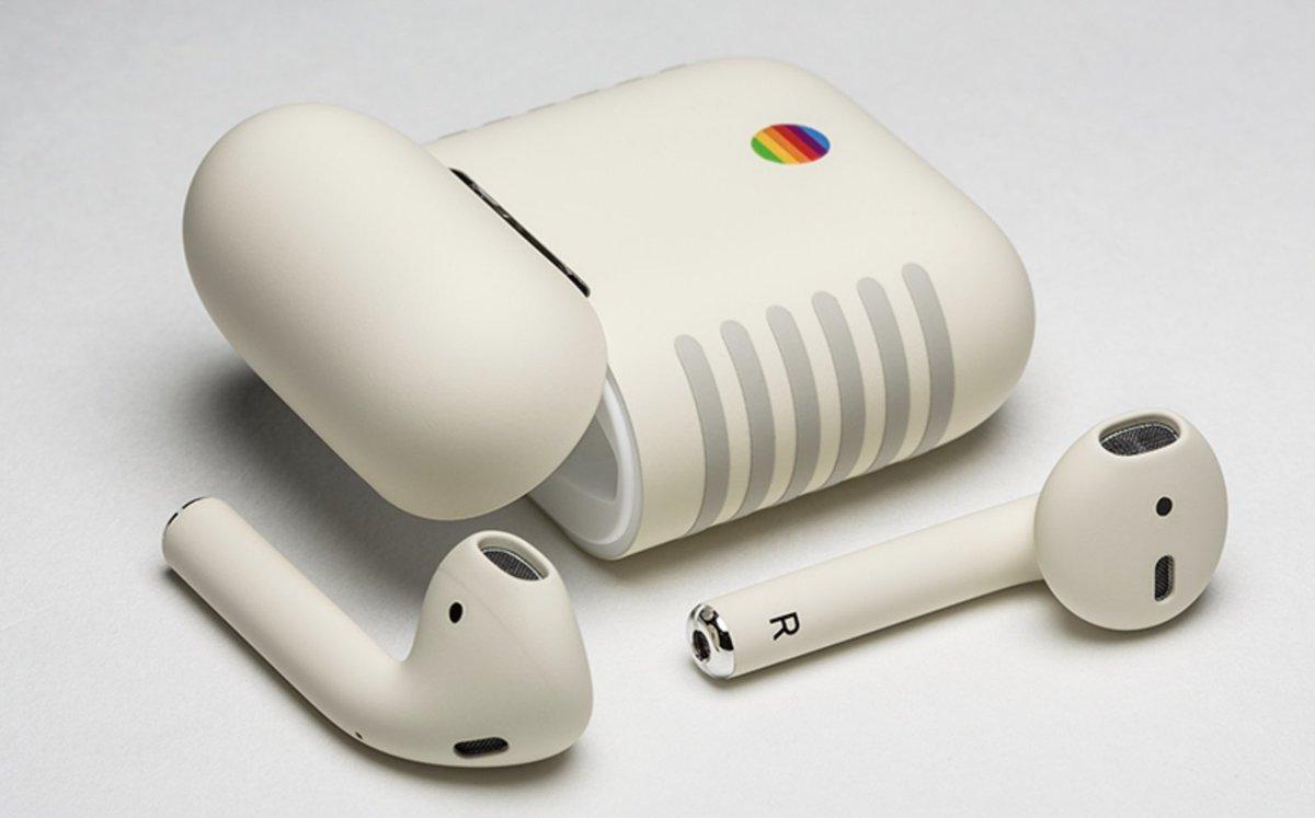 AirPods Retro by @ColorWare    https://www. colorware.com/p-870-colorwar e-airpods-retro.aspx &nbsp; …   #Retro #AirPods #Apple #Mac #Macintosh #Vintage #Disseny <br>http://pic.twitter.com/Ap9XKk2MsT
