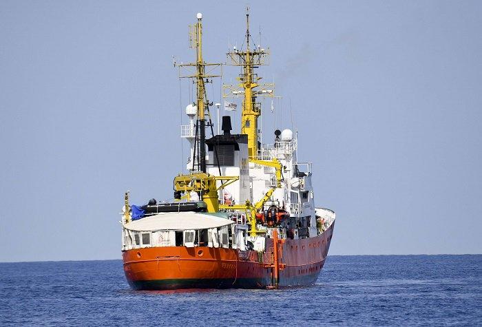 La Corse propose à nouveau d'accueillir l'Aquarius >> https://t.co/CASXHXjtKY