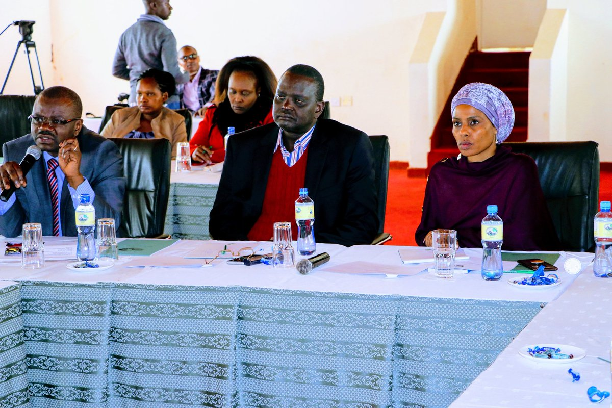 Attended the Regional workshop of the @SenCommitteeKE &amp; County Assemblies on ICT in Embu County and discussed on how @MoICTKenya can collaborate  with the @Senate_KE in improving  ICT infrastructure at the County &amp; SubCounty level @mucheru @fhersy @KenyaGovernors @Senate_KE<br>http://pic.twitter.com/efEp9S86aD