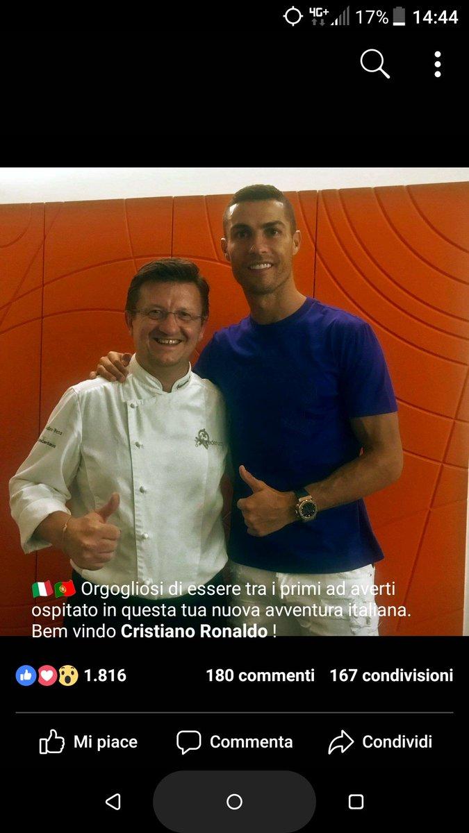 Era a due minuti da casa mia  @credenza2 #CR7 #CristianoRonaldo #Juventus #FinoAllaFine #ristorantelacredenza  - Ukustom
