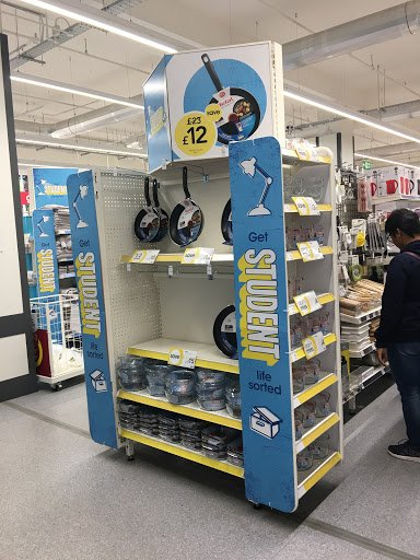 @LoveWilko getting #studentlife organised from @TefalUK #kitchen pans to #stationery. Love it<br>http://pic.twitter.com/L14IvngTzP