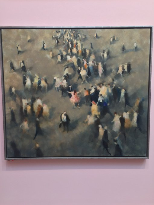 Last week of Summer Exhibition @royalacademyarts which has been thoughtfully curated by @perry_grayson!Also I really empathise today with the woman in pink dancing on her am the only one insisting on wearing pink, summery attire on this rather overcast,dreary day in London! Photo