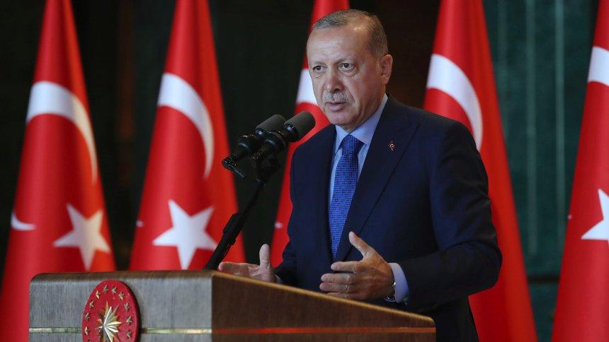 Reaktion aufSanktionen: Erdogan kündigt Boykott von US-Elektronik an https://t.co/i2A7DJfrxA