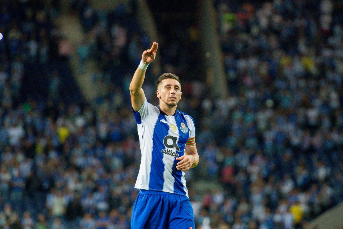 🔵⚪O nosso capitão aponta o caminho 🔜Belenenses-FC Porto 🗓Domingo ⌚18h30 📍Estádio do Jamor ➡Bilhetes à venda no Estádio do Dragão e casa do FC Porto de Lisboa #FCPorto #CFBFCP