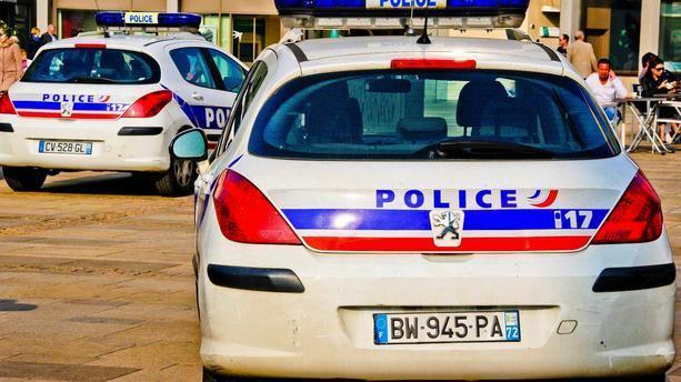 #Perigueux : une attaque au couteau fait 3 blessés légers et un blessé grave https://t.co/9LJcZdah1c