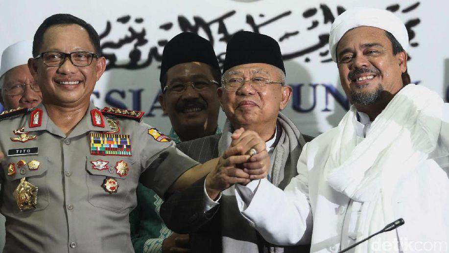 Ma'ruf Amin Bakal Bertemu Habib Rizieq Saat Naik Haji? https://t.co/snilQEmFxC https://t.co/xHHEAnQKGg