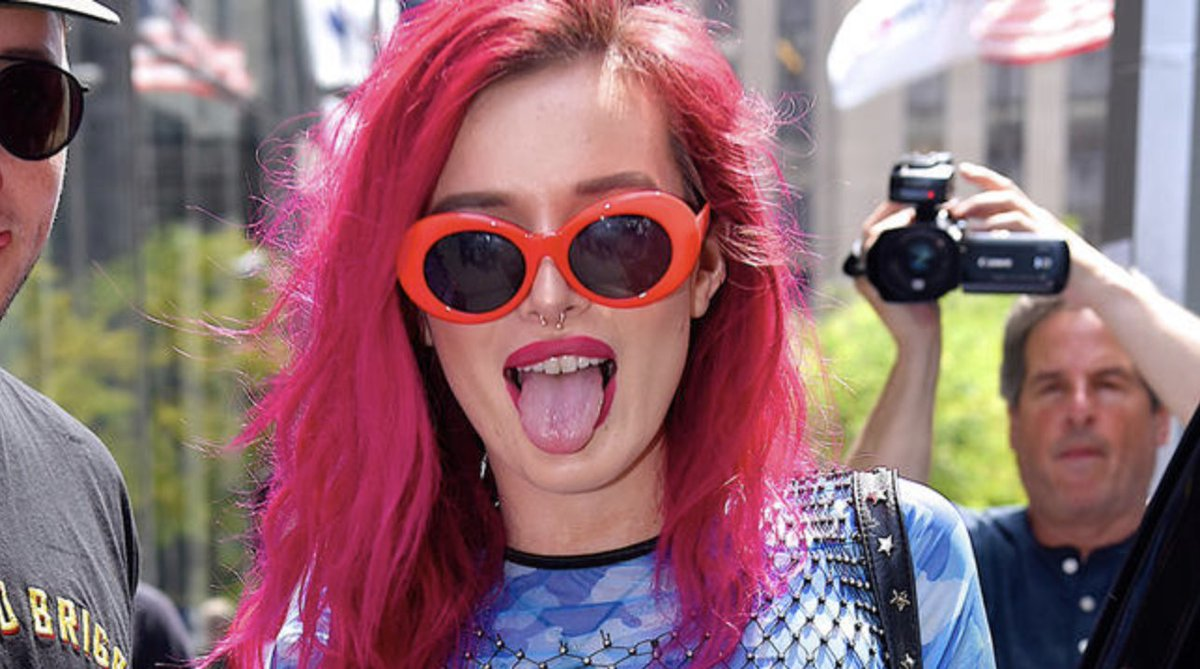 👉 Bella Thorne has responded to all the online backlash she received over her new makeup brand Filthy Fangs 👀 >>> https://t.co/odOmnVR86v