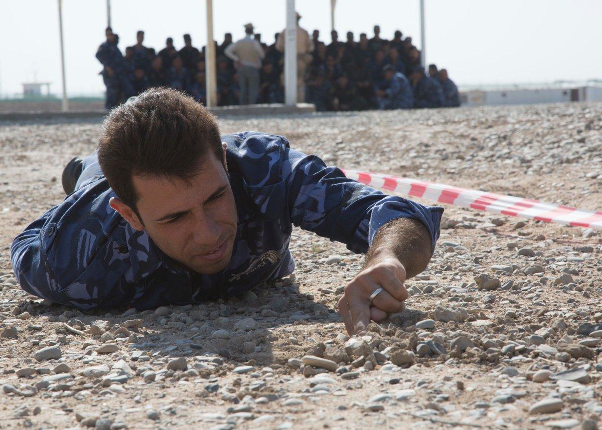 جهود التحالف الدولي لتدريب وتاهيل وحدات الجيش العراقي .......متجدد - صفحة 4 Dkjdm3vU4AEZwqk