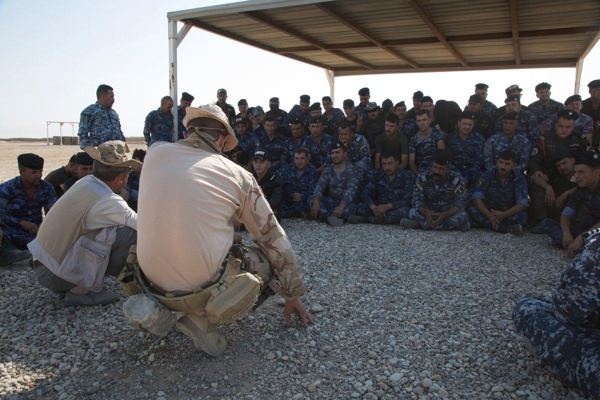 جهود التحالف الدولي لتدريب وتاهيل وحدات الجيش العراقي .......متجدد - صفحة 4 DkjdoSJUUAArf41