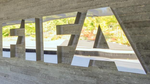 Fifa gives Ghana FA ultimatum over court case or face ban https://t.co/dE8Irr3FwS