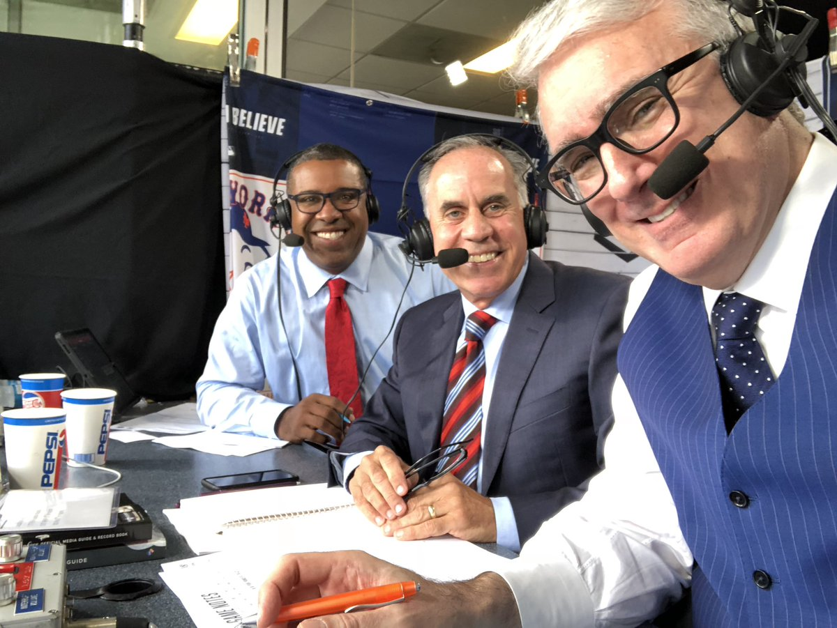 My great thanks again to @Kurkjian_ESPN, @PerezEd, and @tvsully and his team for the amazing support and hospitality during Monday Night Baseball lon @espn. And thanks to the viewers who gave me the benefit of the doubt and enjoyed it. I'm overwhelmed and grateful