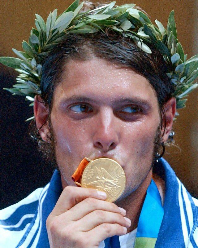 Succedeva oggi ... 14 agosto 2004 ... tutto ebbe inizio ... #atletigolden #gold #goldmedal #olympics #olympicgames #champion #fencing #sabre #athens #2004 #memories #goodday #emotions #instagood #love #sport #game #aldomontano #0586  - Ukustom