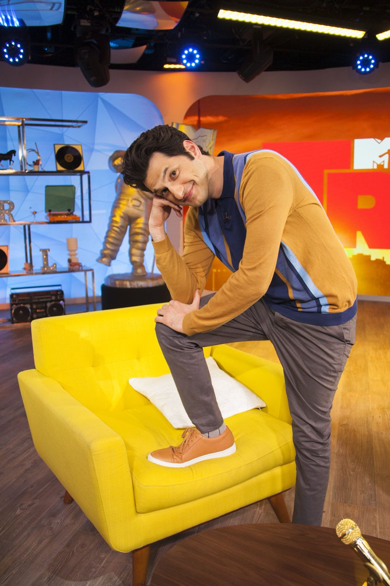 RT @TRL: do NOT sleep on the fact that @rejectedjokes and @bigboi are on #TRL on @mtv right now!!!! https://t.co/pSzNEXNOYo