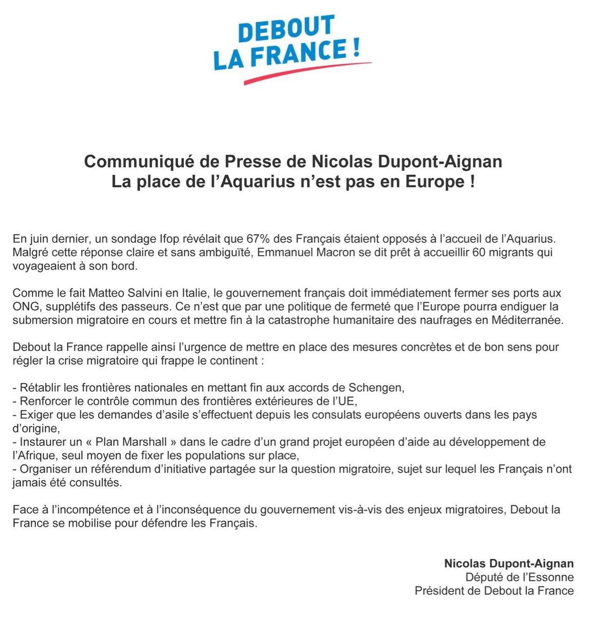 Depuis la villa de Brégançon qu'il a fait rénover pour lui et son épouse, Emmanuel #Macron impose l'accueil de 60 nouveaux migrants aux Français qui pourtant refusent leur venue pour 67% d'entre-eux. Politique irresponsable et court-termiste. #Aquarius