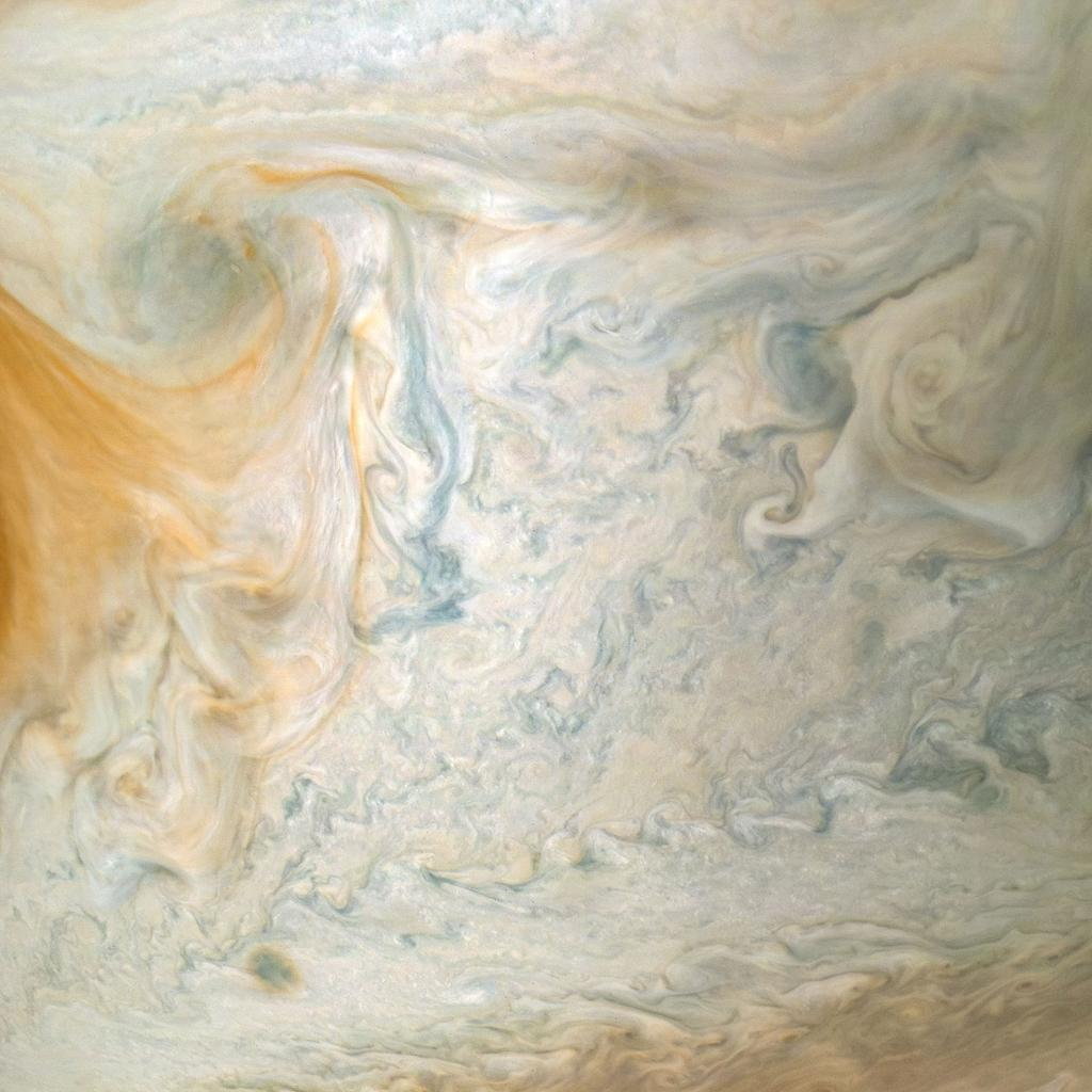By looking deep into Jupiter's tapestry of vivid colors and swirling atmospheric vortices, our @NASAJuno spacecraft is helping researchers better understand how atmospheres work in general – including our own: https://t.co/RlZFdvgUhV