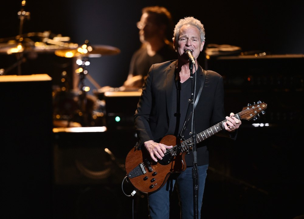 Lindsey Buckingham announces North American tour, solo anthology with new songs https://t.co/rgjwMzLuJU https://t.co/80Z4Dt8WSw