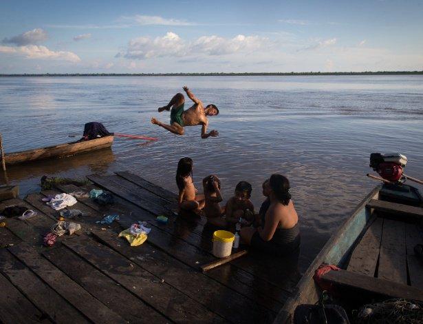 Estudo é inédito | Unicef aponta que 60% das crianças e adolescentes são pobres no país https://t.co/mdFSMEs7bS