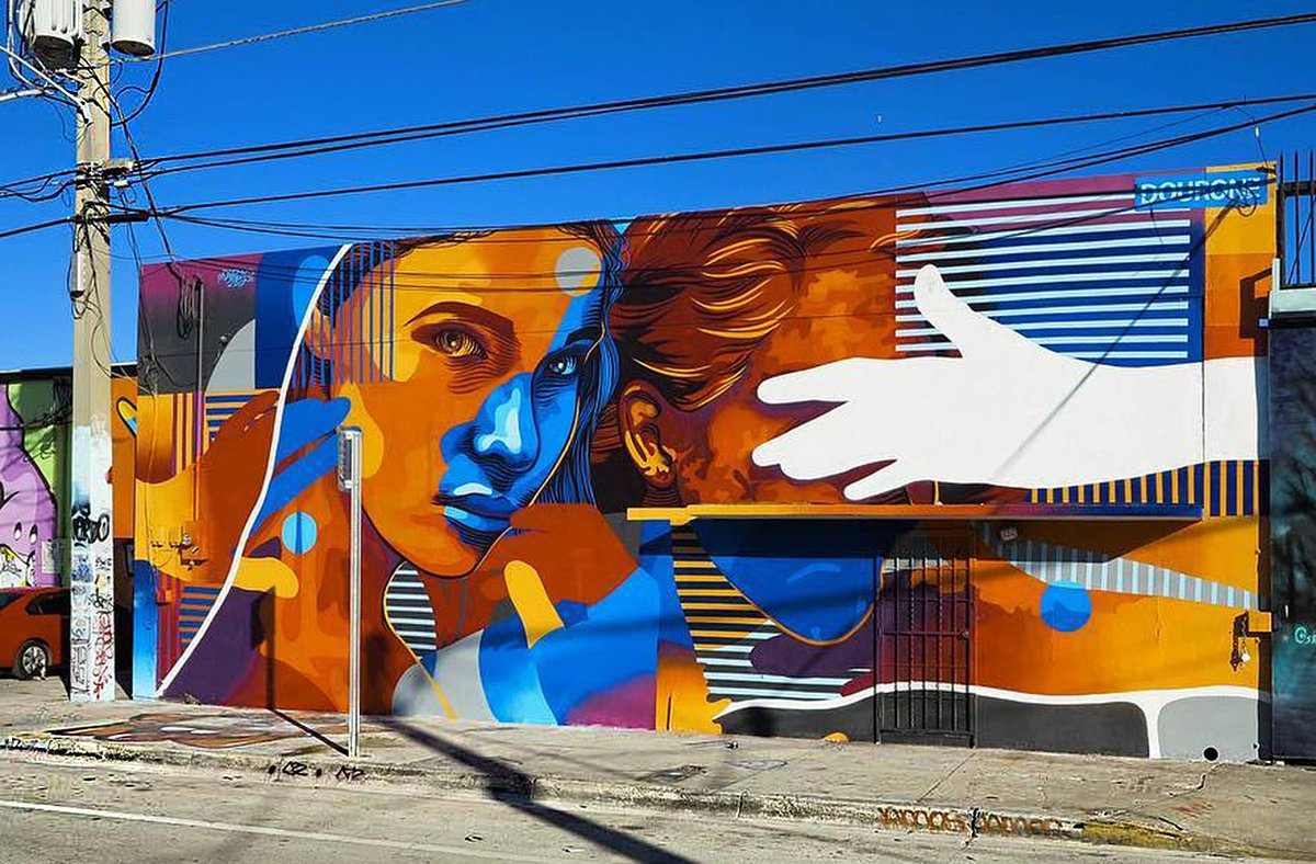 #art #streetart #mural &quot;The Light &quot; By Dourone in Wynwood - Miami, FL, USA<br>http://pic.twitter.com/g9V2D0ORF0