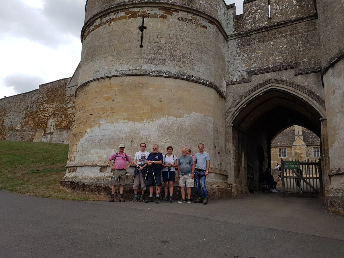 Teamwork staff , members and volunteer join High Sherrif James Saunders Watson on the latest leg of his Jurassic Way walk <br>http://pic.twitter.com/Op9RvCdX5z