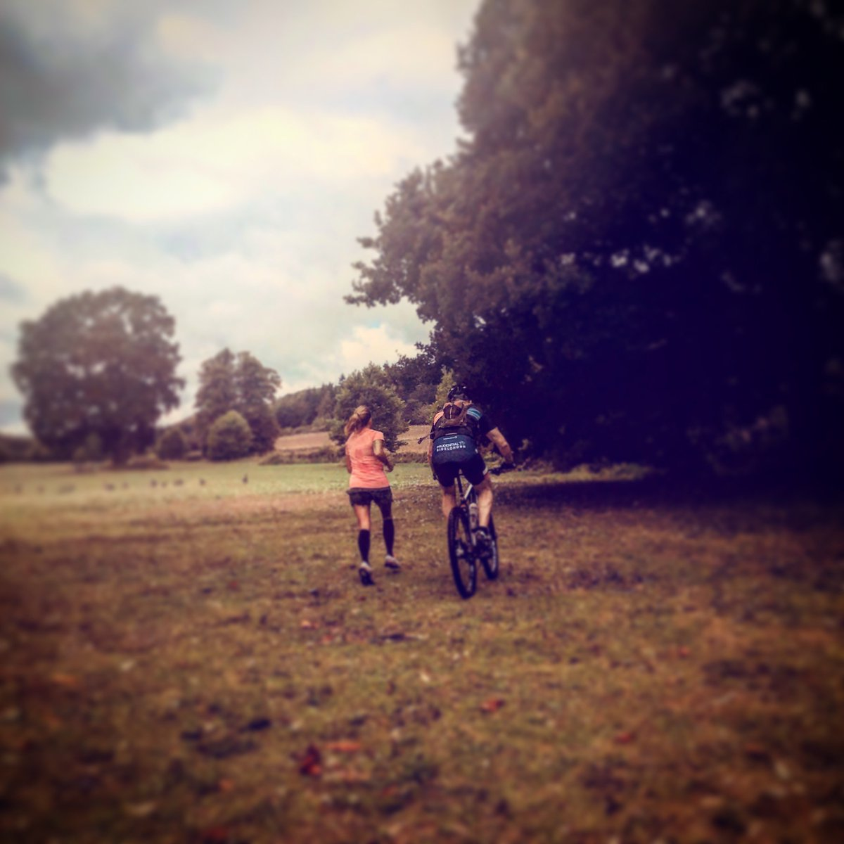 RT @Kellys_C_Events Yesterday we spent the morning with endurance runner @Susie__Chan as she checked out the route at @LoseleyPark for the Kelly's Cross Country Challenge coming up on 14 Oct. It's a fantastic run & every penny raised goes to @D_Challengers Fancy joining us? https://t.co/7wHu8L5YbO