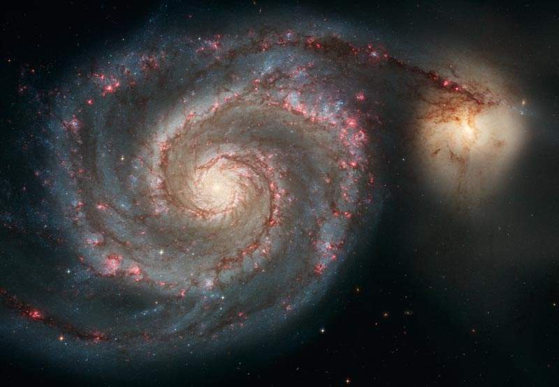 #HubbleClassic When Hubble captured this image in 2005, it was the sharpest image of the Whirlpool ever taken. The galaxy and its smaller companion can be spotted even with backyard telescopes, hanging just below the handle of the Big Dipper: https://t.co/kNHVxeVFLR