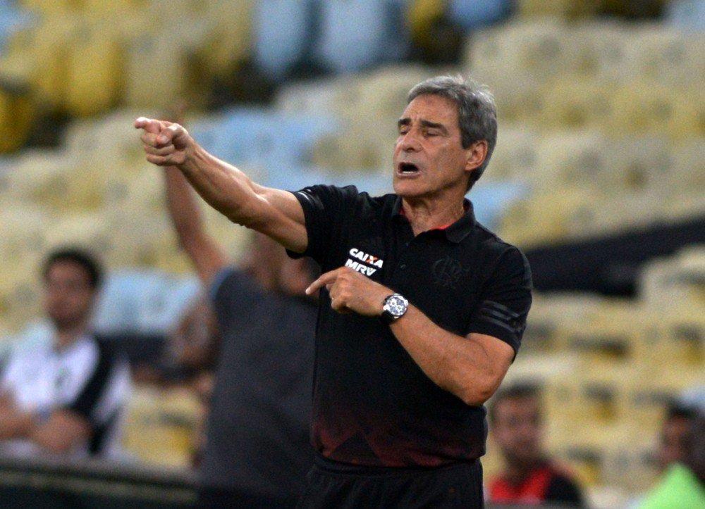 Carpegiani chega a Salvador nesta terça para assinar com o Vitória: https://t.co/R5Qfj4khIu  #NossoFutebol