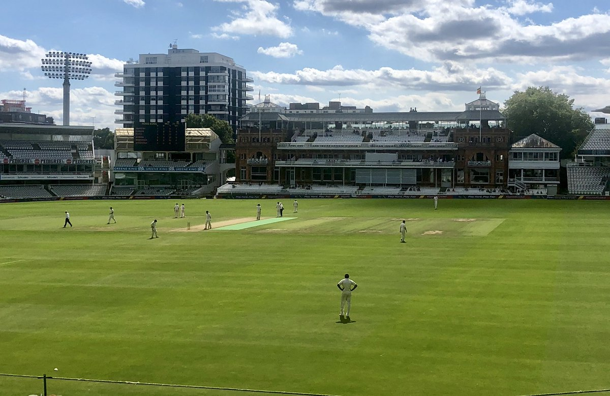 🏏 Today is a historic day for MCC as it's the first occasion that both Men and Women's teams have played on the Main Ground at Lord's on the same day.  MCC beat Hong Kong CC in a Women's T20 match, before a 40-over fixture between the Men's sides 🇭🇰   #LoveLords